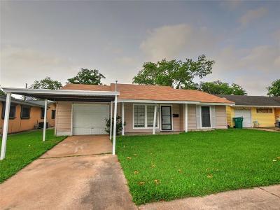 Pasadena Single Family Home For Sale: 3707 Newton Drive