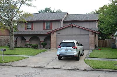 Sugar Land Single Family Home For Sale: 10414 Permian