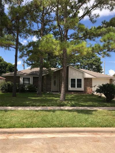 League City Single Family Home For Sale: 1505 Lanier Drive