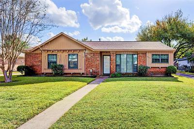 Houston Single Family Home For Sale: 8907 Triola Lane
