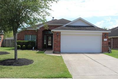 Pearland Single Family Home For Sale: 2601 Cypress Springs Drive