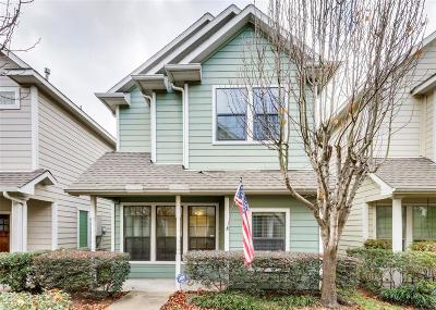 Houston Single Family Home For Sale: 1824 Woodbend Village Court