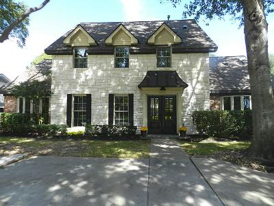 Jersey Village Single Family Home For Sale: 15606 Singapore Ln