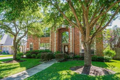 Sugar Land Single Family Home For Sale: 13623 Schumann Trail