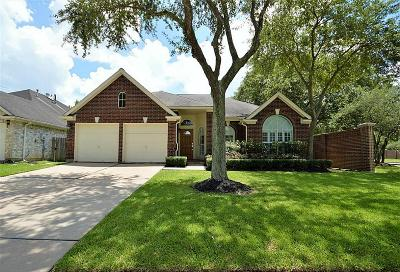 Single Family Home For Sale: 1602 Almond Brook Lane