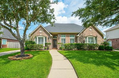 Spring Single Family Home For Sale: 9206 Horse Cave Circle