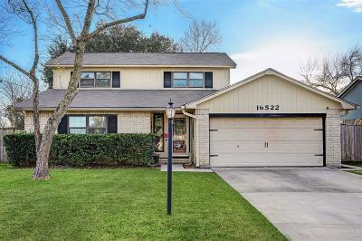 Friendswood Single Family Home For Sale: 16522 Blackhawk Boulevard