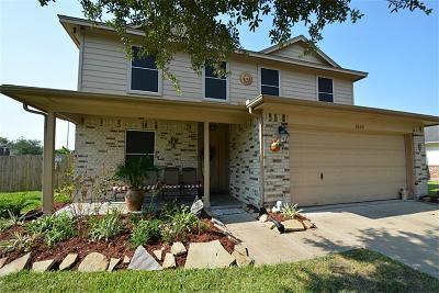 Rosenberg Single Family Home For Sale: 1003 San Antonio Court