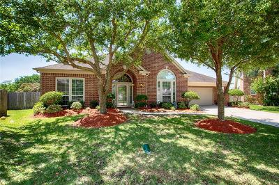 Single Family Home For Sale: 2903 Summer Cape Court