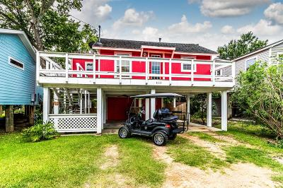 Clear Lake Single Family Home For Sale: 833 Grove Road