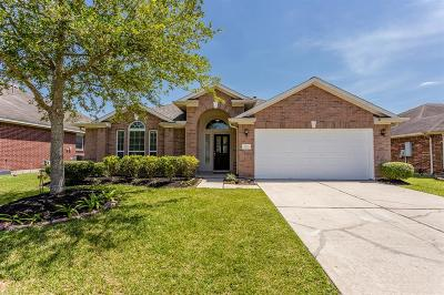 Pearland Single Family Home For Sale: 2021 Creek Shore Lane