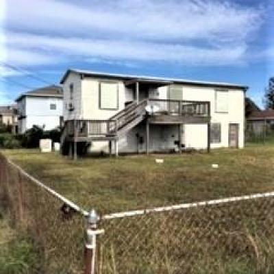 Galveston TX Single Family Home For Sale: $80,000