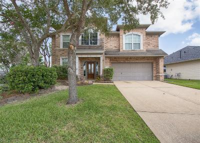 Kemah Single Family Home For Sale: 116 Marina Oaks Drive