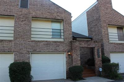 Condo/Townhouse For Sale: 16154 Seahorse Drive