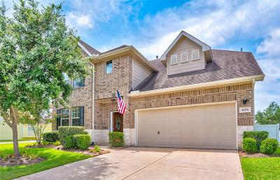 Pearland Single Family Home For Sale: 4206 W Timber Cut Court