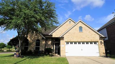 Single Family Home For Sale: 5803 Saddle Bred Drive