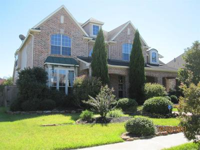 Fall Creek Single Family Home For Sale: 8418 Alyssa Gardens