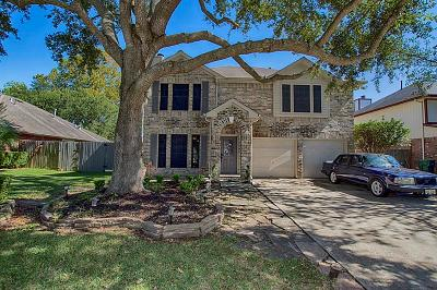 Seabrook Single Family Home For Sale: 4413 Spoonbill Drive