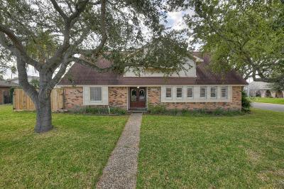 Galveston Single Family Home For Sale: 2526 Gerol Circle