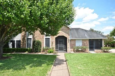 Missouri City Single Family Home For Sale: 2950 Glenn Lakes Lane