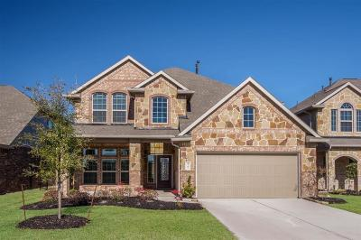 Spring Single Family Home For Sale: 3795 Lake Bend Shore