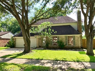 Pasadena Single Family Home For Sale: 4235 Maple Cross Drive