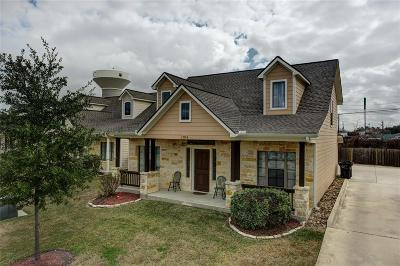 College Station Single Family Home For Sale: 1704 Boardwalk Court