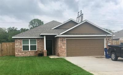 Angleton Single Family Home For Sale: 7147 Beechwood Drive