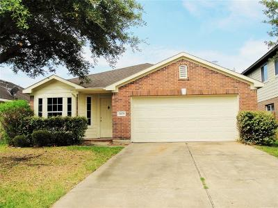 Spring Single Family Home For Sale: 24135 Stargazer Point