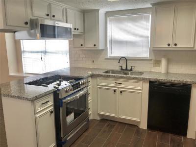 Single Family Home For Sale: 10015 Leamington Drive