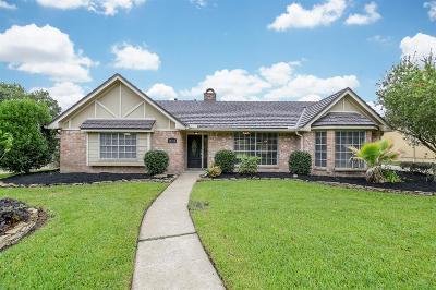 Jersey Village Single Family Home For Sale: 15714 Tenbury Street