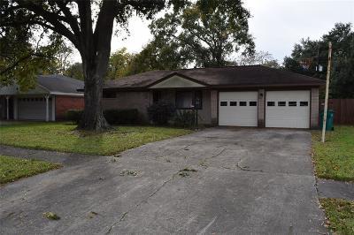 Pasadena Single Family Home For Sale: 2104 Locklaine Drive