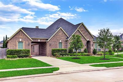 Firethorne Single Family Home For Sale: 27702 Cold Spring Trace