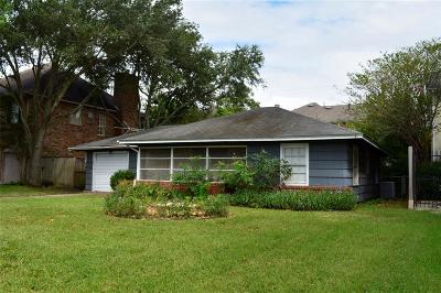 Bellaire Single Family Home For Sale: 140 Whipple Drive
