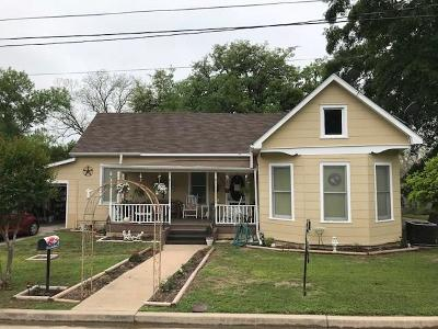 La Grange Single Family Home For Sale: 659 N Washington Street N