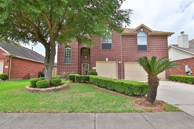 Pasadena Single Family Home For Sale: 5010 Ridgeway Drive