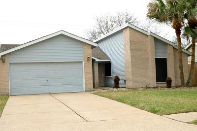 League City Single Family Home For Sale: 513 Morningside Drive