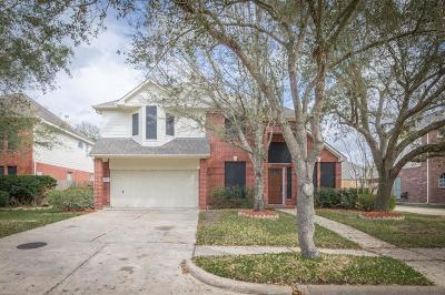 Sugar Land Single Family Home For Sale: 4107 Foxbrush Lane
