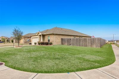 Texas City Single Family Home For Sale: 2202 Moonstone Court