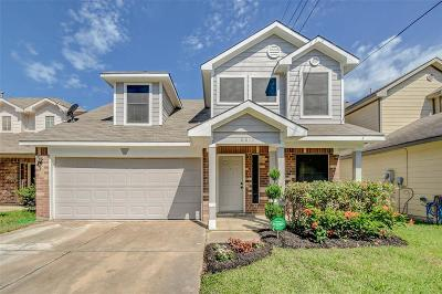 Single Family Home For Sale: 6815 Autumn Thistle Drive