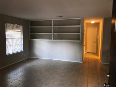 Tomball Rental For Rent: 318 S Poplar #1