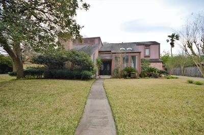 Single Family Home For Sale: 16342 Clearcrest Drive