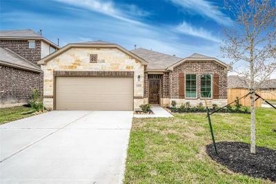 Fall Creek Single Family Home For Sale: 14711 Garner Falls Trail