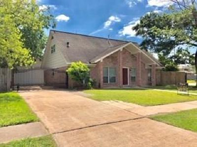 Single Family Home For Sale: 5002 Tain Drive