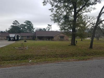 Baytown Single Family Home For Sale: 5138 Bayou Boulevard
