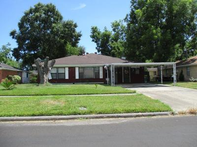 Baytown Single Family Home For Sale: 201 Midway Drive