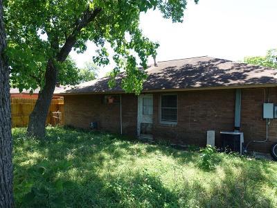 Pasadena Single Family Home For Sale: 2121 Dewberry Lane