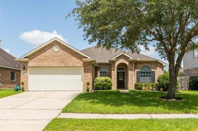 League City Single Family Home For Sale: 5122 Arborwood Drive
