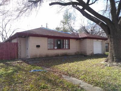 Pasadena Single Family Home For Sale: 2220 Dorothy Street