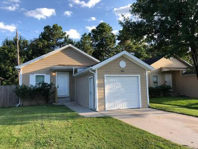 Single Family Home For Sale: 11902 Greensbrook Forest Dr